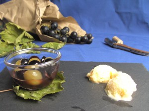 Rieslingeis mit Traubenkompott