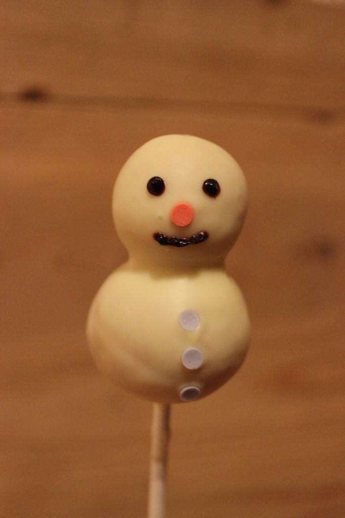 Schneemann-Cakepop