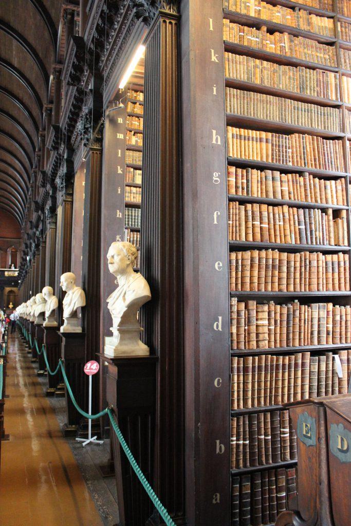 Long hall - Dublin