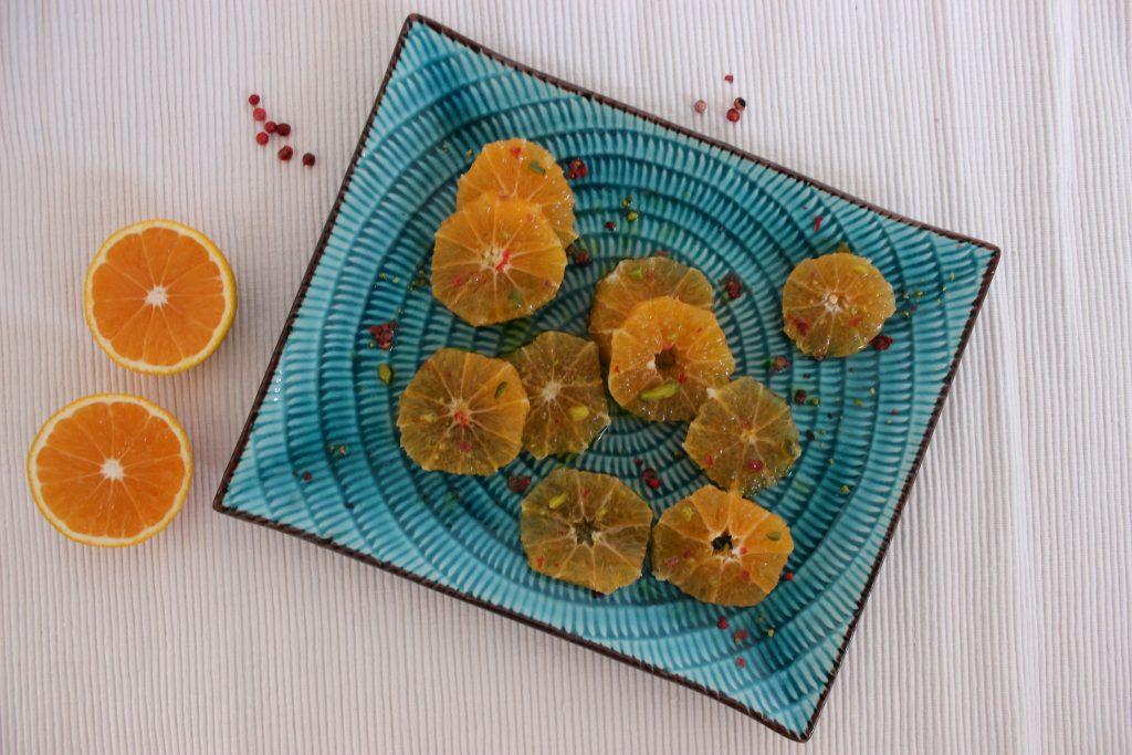 Mandarinen-Carpaccio mit Granatapfel-Dressing und Pistazienkrokant