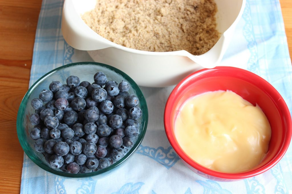 Blaubeer-Pudding-Streuseltaler