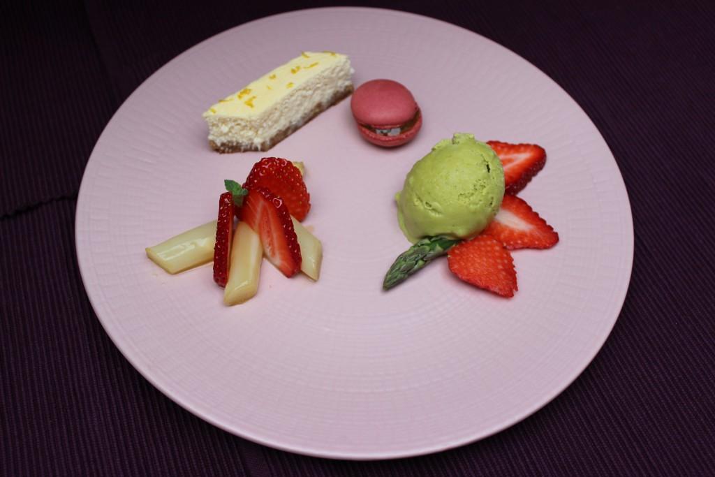 Pfälzer Spargel-Dessertvariation
