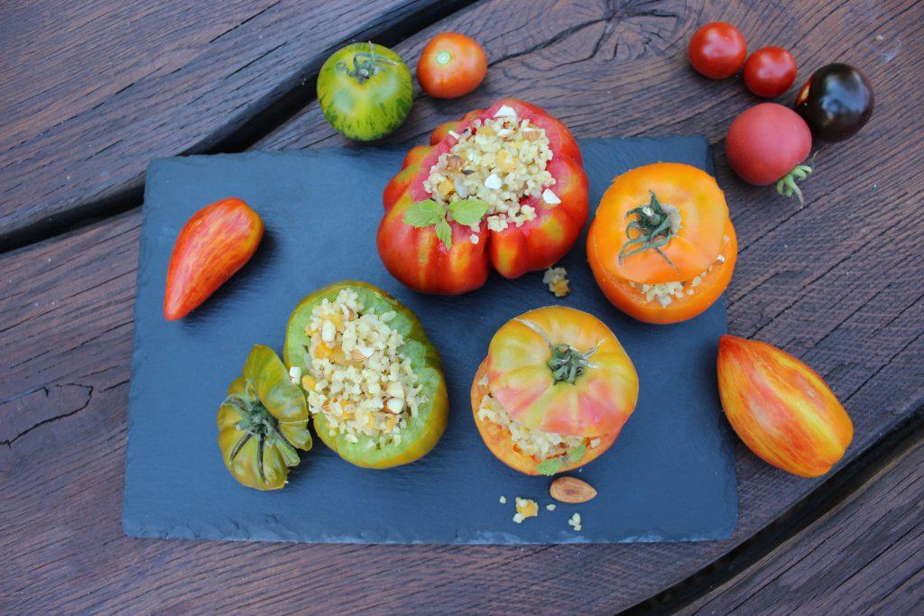 Gefüllte Tomate mit Zimt-Bulgur 1