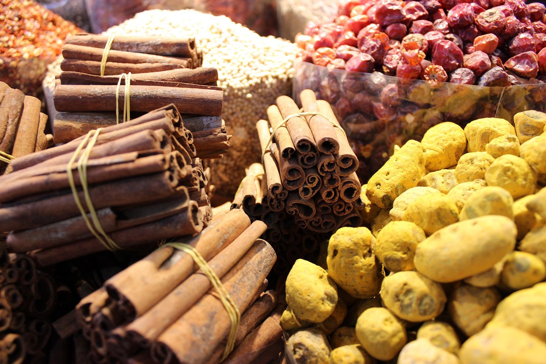 Dubai - spice souk