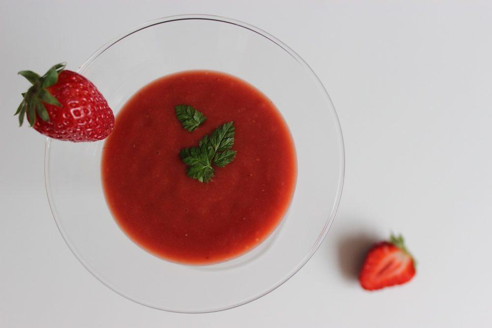 Erdbeer-Tomaten-Gazpacho