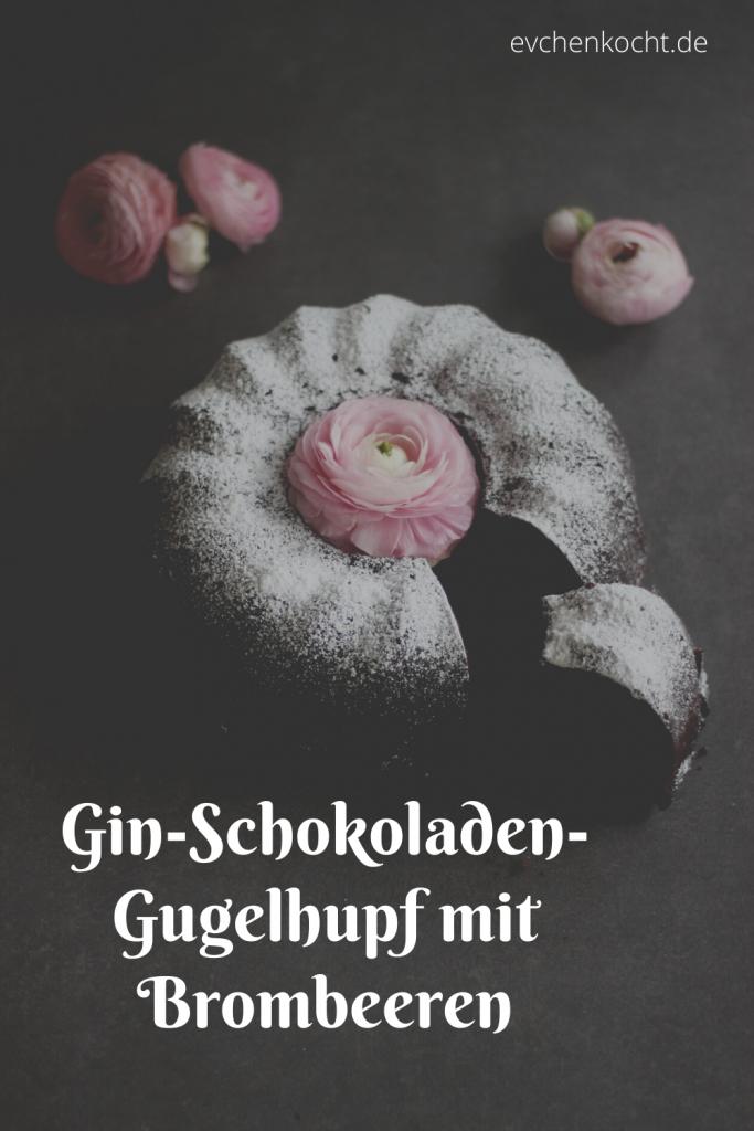 Gin-Schokoladen-Gugelhupf mit Brombeeren