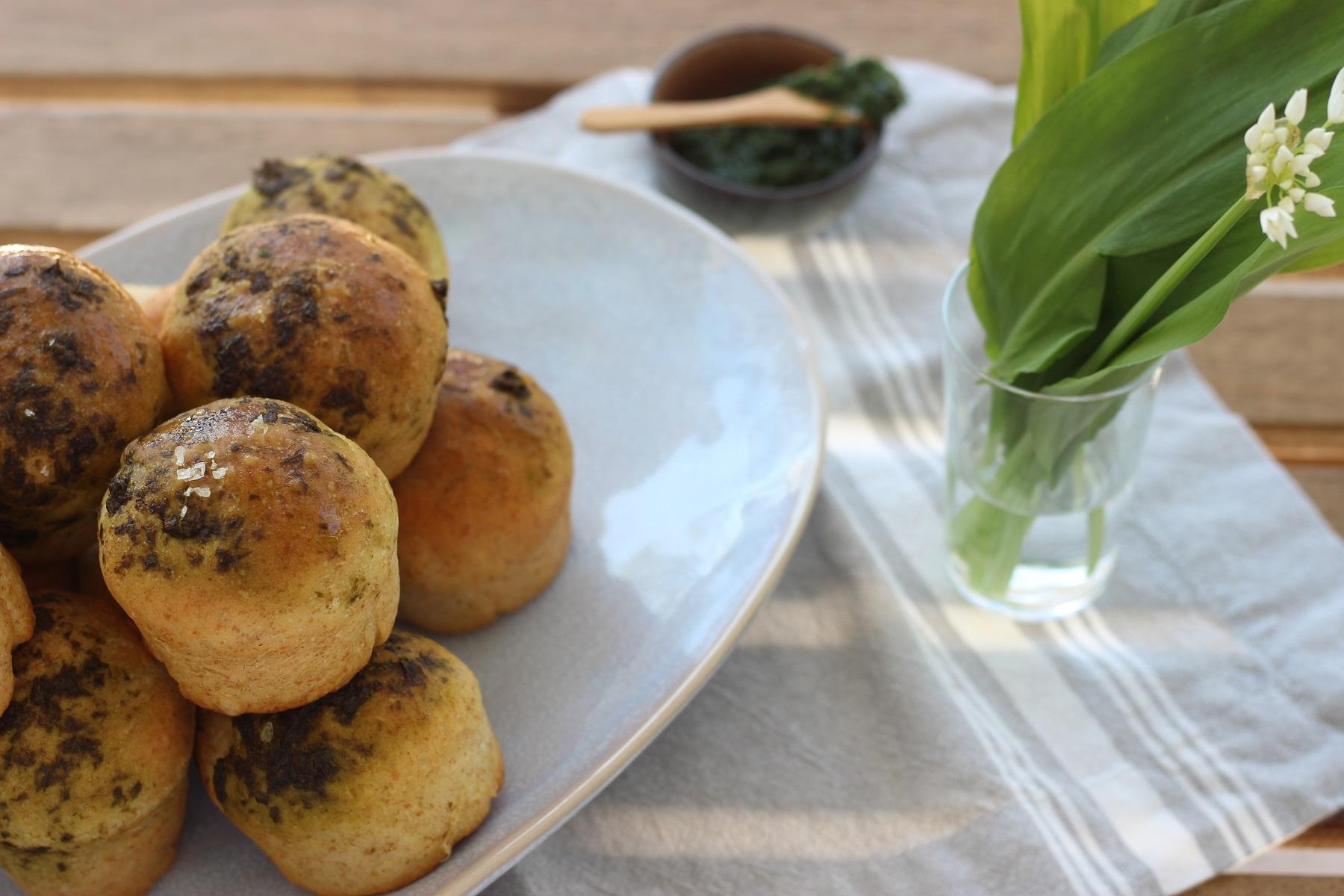 Bärlauch-Brötchen mit Kefir