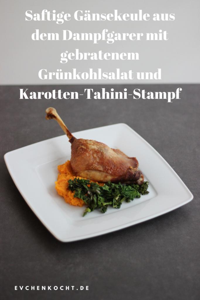 Saftige Gänsekeule aus dem Dampfgarer mit gebratenem Grünkohlsalat und Karotten-Tahini-Stampf