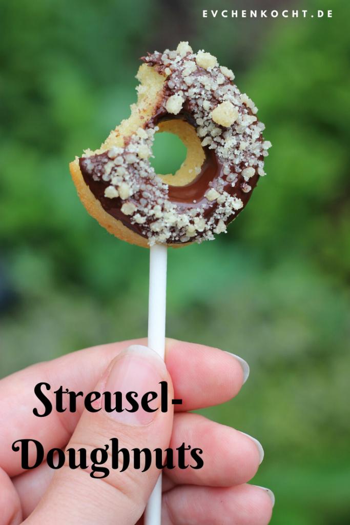 Streusel-Doughnuts