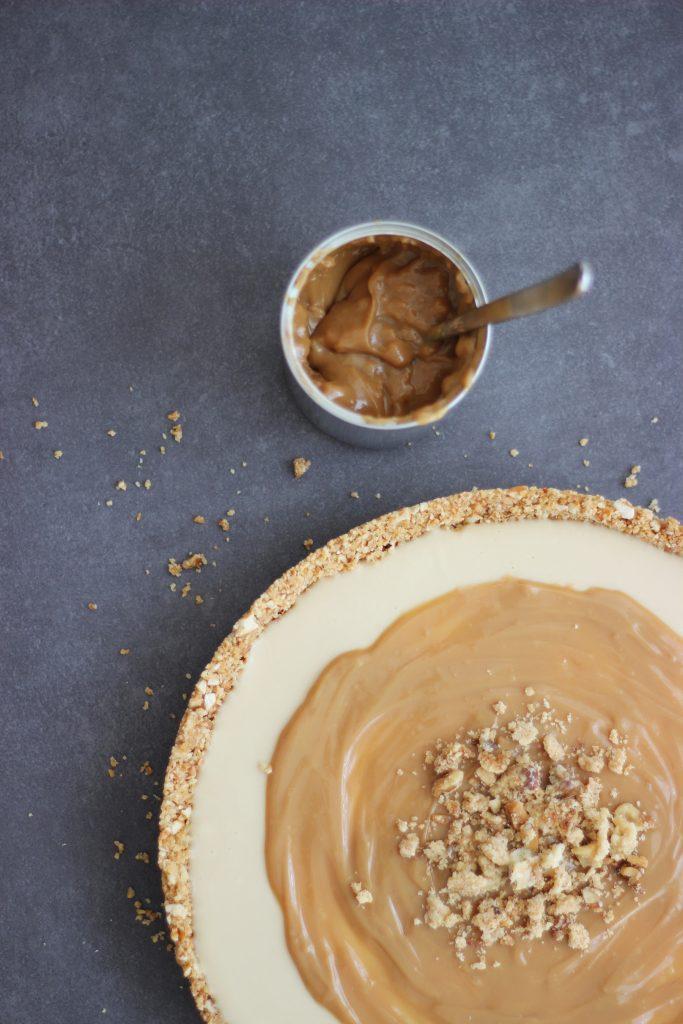 Karamell-Cheesecake mit Salzbrezelboden und Dulce de Leche